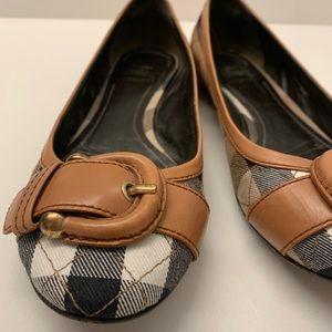 Burberry Shoes - Burberry women's nova check flats Sz 37.5